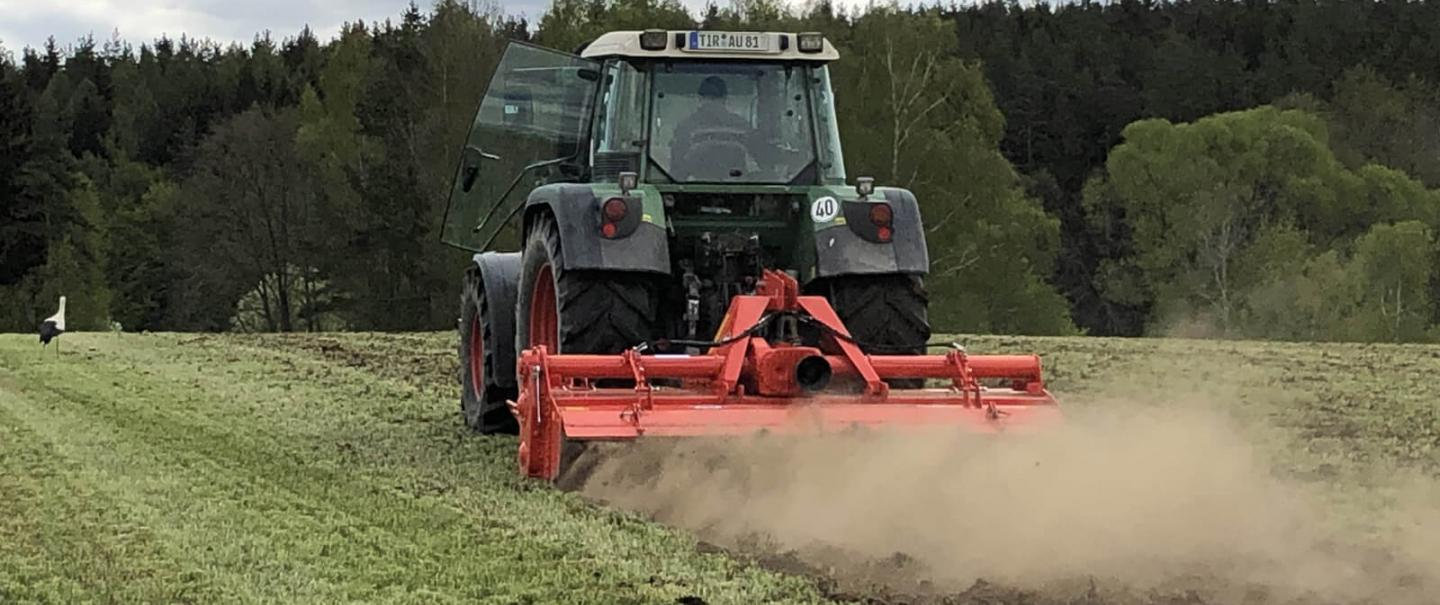 KUHN's EL BIOMULCH power tiller at work in Germany